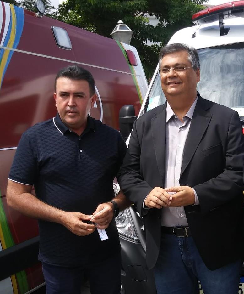 Governador Flávio Dino parabeniza o prefeito Edvan Brandão pela vitória nas urnas