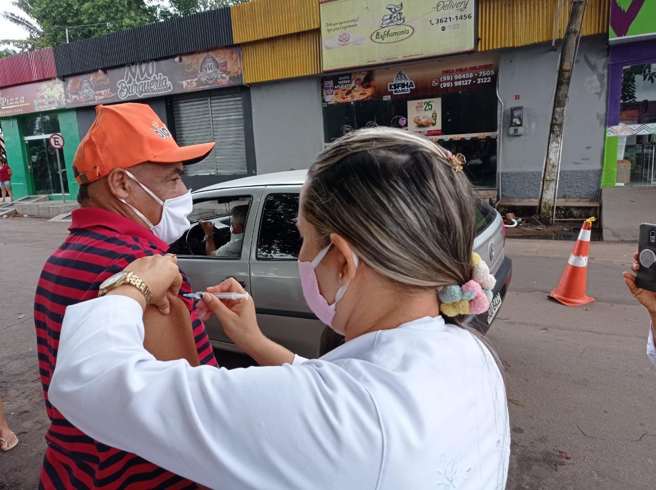 Vacinação em Bacabal alcança idosos a partir de 80 anos em sistema de Drive Thru