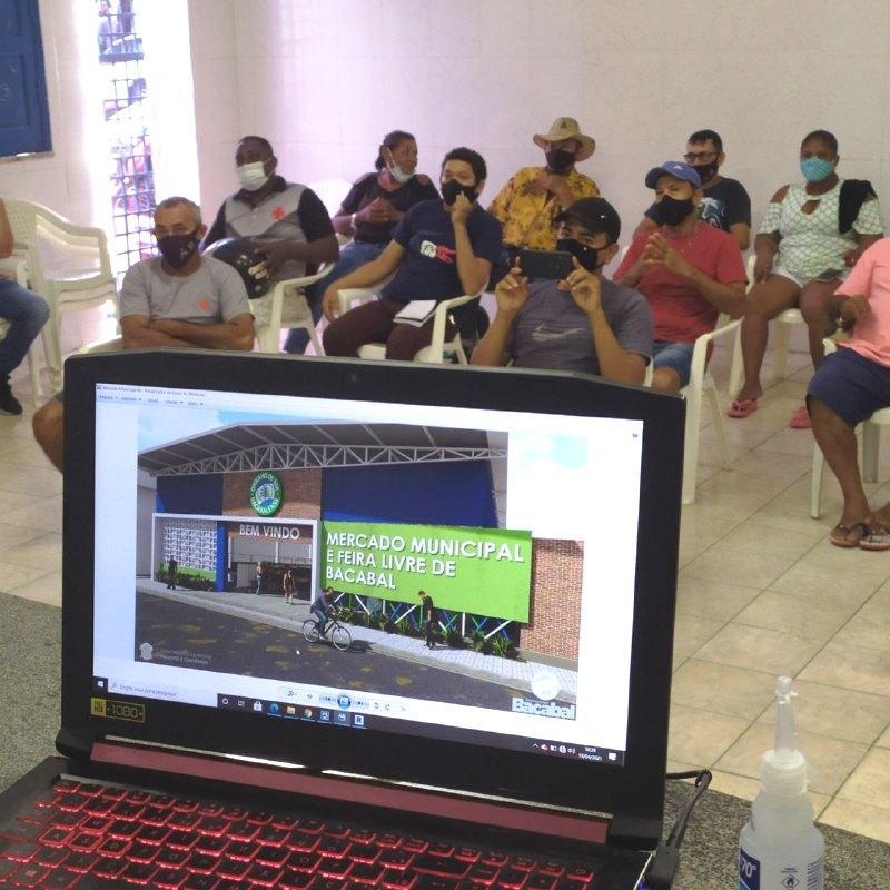 Projeto da nova Central de Abastecimento de Bacabal é discutido com feirantes