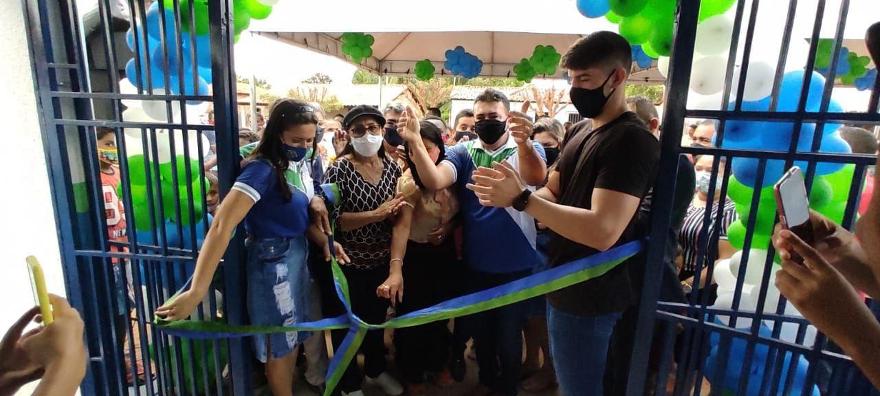 Prefeitura reinaugura escola do povoado Sincorá reformada e ampliada