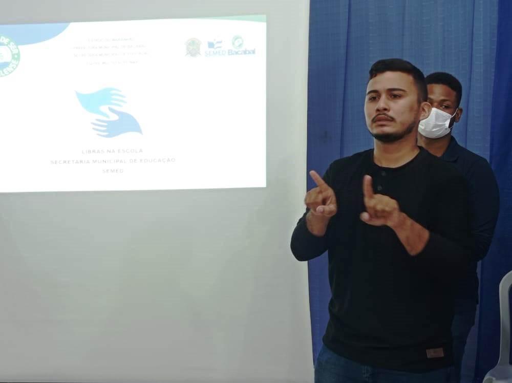 Prefeitura de Bacabal lança o projeto Libras na Escola