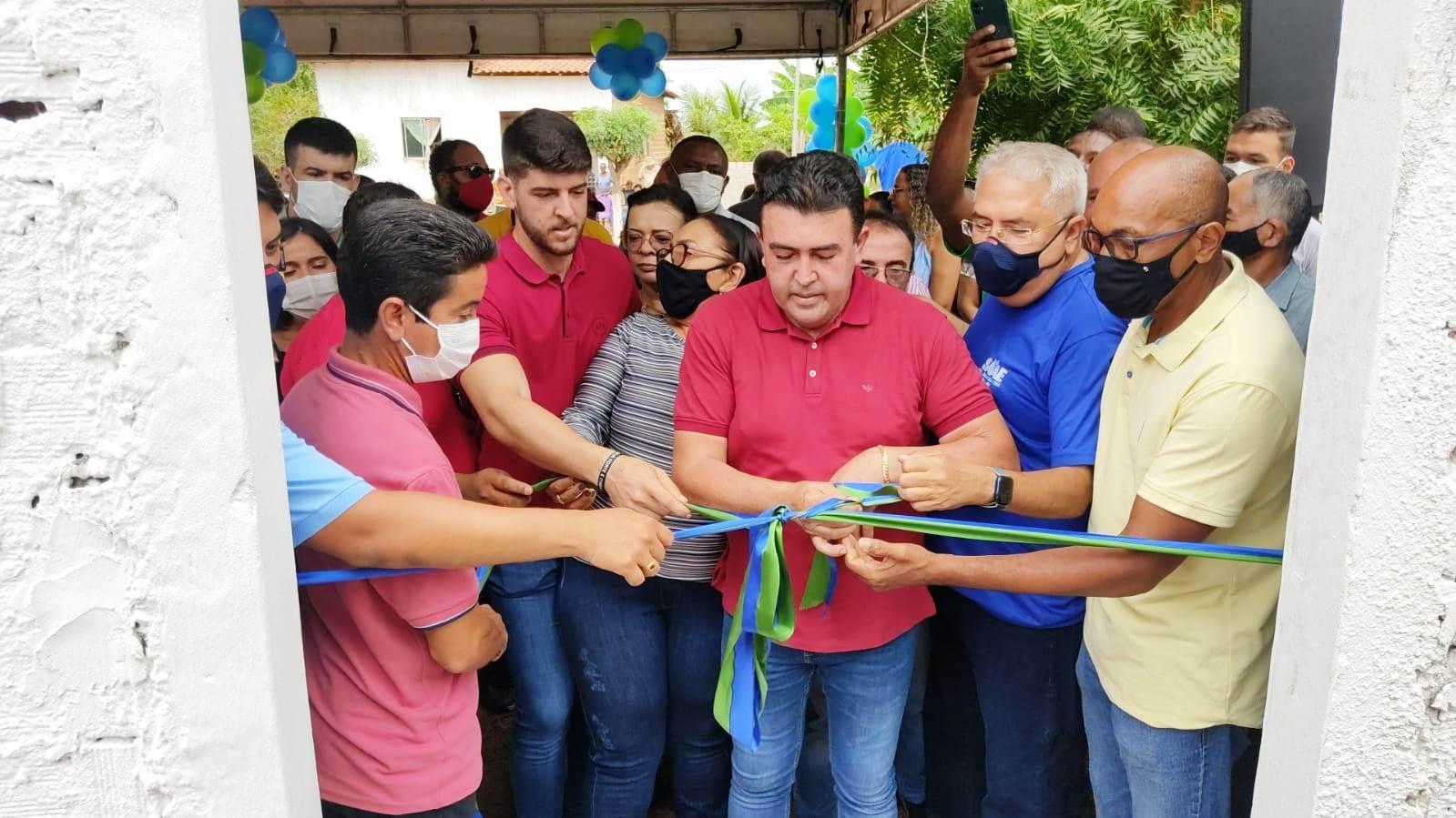 Prefeitura inaugura novo poço com vazão de 12 mil litros/hora no povoado Bela Vista.